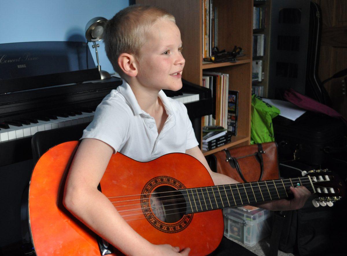 Private guitar pupil